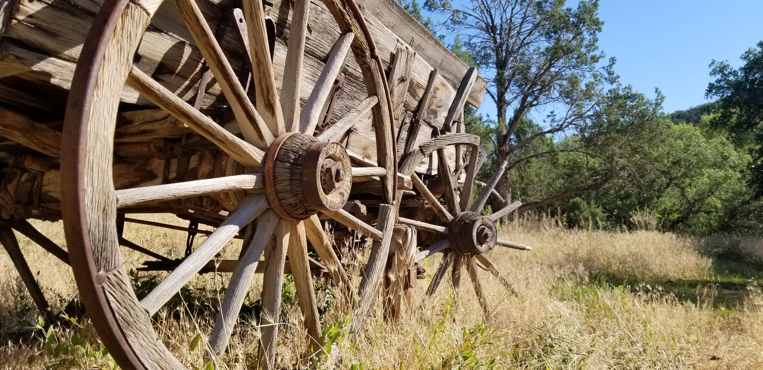 A pic of an old wagon